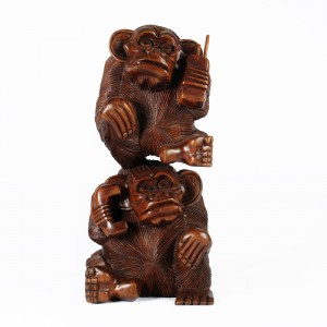 Suar Wood Monkey Stack 'Bring The Phone' 30cm