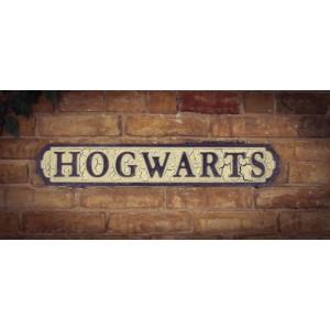 Hogwarts Road Sign (Classic)