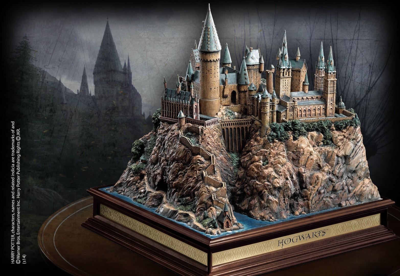Hogwarts School Sculpture
