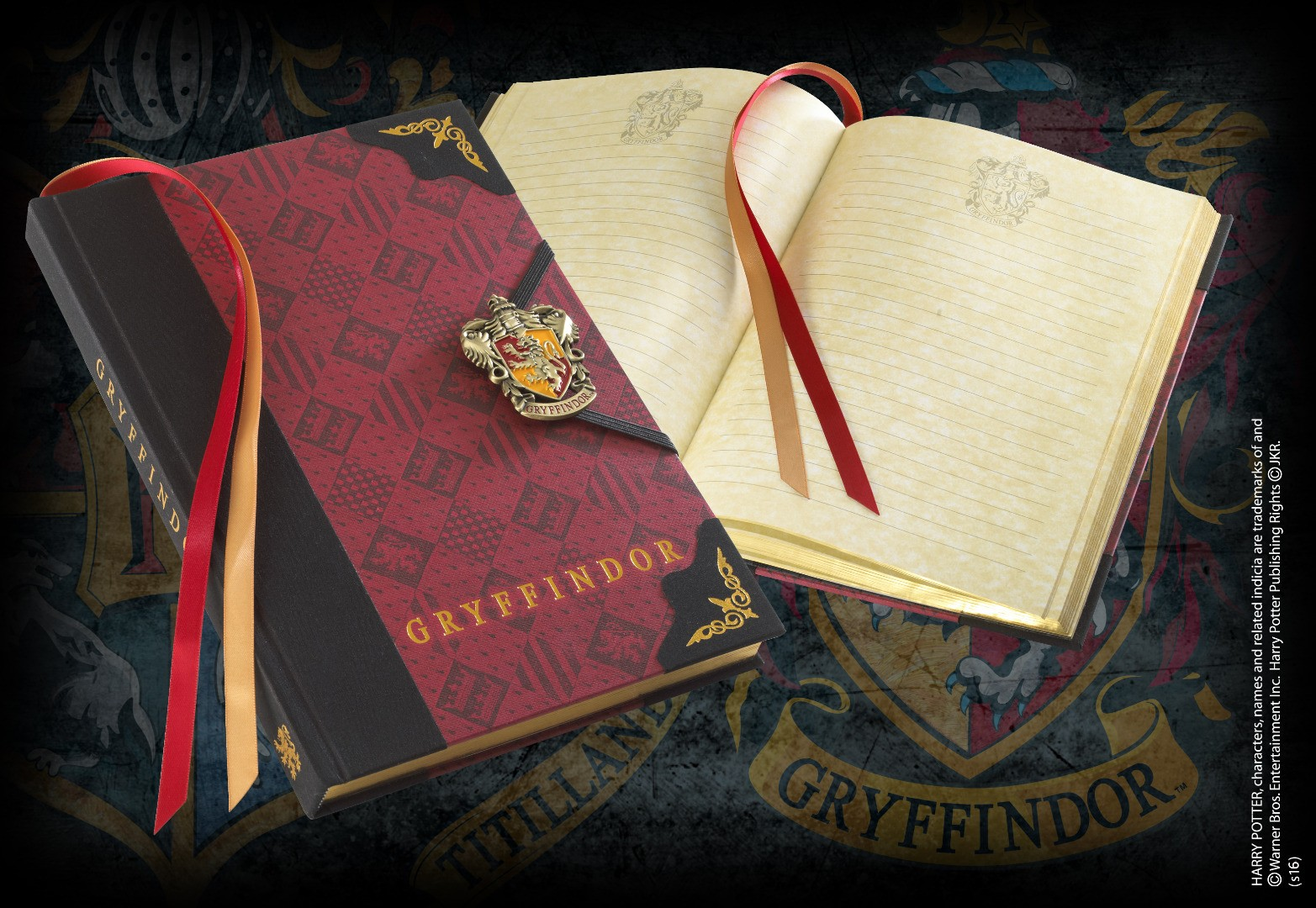 Gryffindor Journal With Enamel Metal Clasp