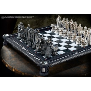 Final Challenge Chess Set