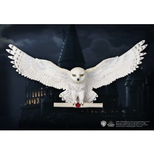 Hedwig Owl Post Wall Decor